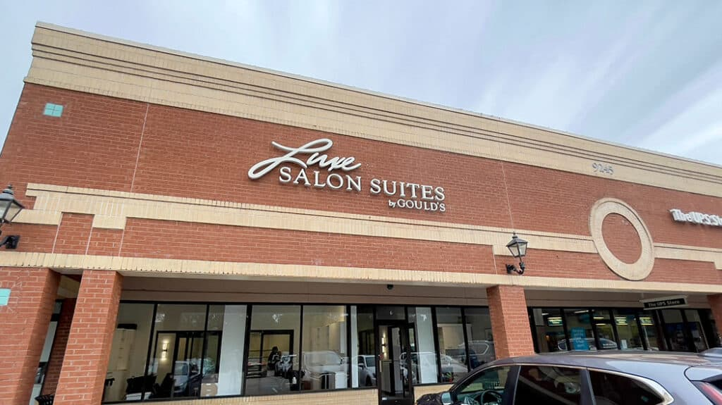 Luxe Salon Suites by Gould's 3